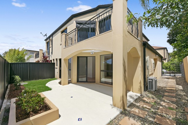 Image 1 for Brilliant Townhouse in Southport
